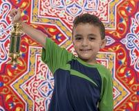 Menino adorável com Ramadan Lantern Imagens de Stock Royalty Free