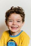 Menino bonito de sorriso feliz Fotos de Stock Royalty Free