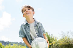 Menino com bola de futebol Imagem de Stock Royalty Free