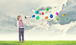 Menino da criança com megafone Fotos de Stock Royalty Free