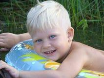 Menino da natação Imagens de Stock Royalty Free