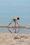 Menino da praia Fotos de Stock