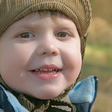 Menino de sorriso fotos de stock royalty free