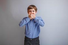Menino do adolescente 10 anos de aparência europeia Imagens de Stock