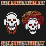 Menino do crânio com a menina da barba e do crânio com cabelo vermelho Imagens de Stock Royalty Free