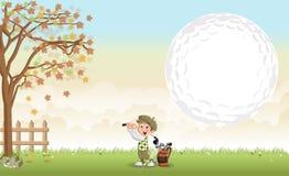 Menino do jogador de golfe dos desenhos animados que dispara em uma bola de golfe ilustração stock