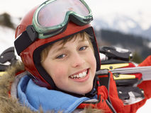Menino do Pre-teen em férias do esqui imagem de stock royalty free