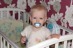 Menino dos anos de idade no quarto Foto de Stock Royalty Free