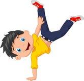 Menino dos desenhos animados que está em suas mãos Imagens de Stock