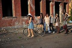 Menino e meninas Foto de Stock