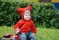 Menino em chapéu listrado Fotos de Stock Royalty Free