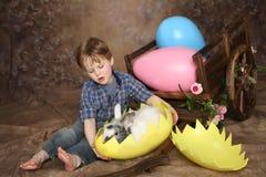 Menino na manhã de Easter Imagens de Stock Royalty Free