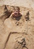 Menino na praia Foto de Stock