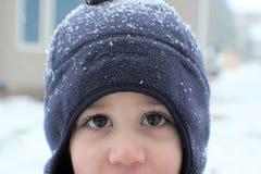 Menino no dia nevado Imagem de Stock Royalty Free