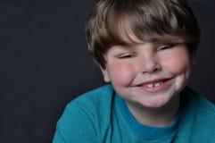 Menino novo de sorriso Imagens de Stock Royalty Free