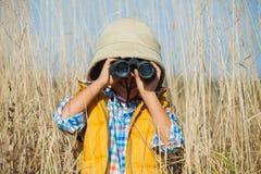 Menino novo do safari Fotos de Stock Royalty Free