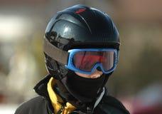 Menino novo no esqui Fotos de Stock Royalty Free
