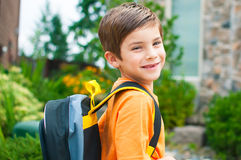 Menino pronto para o jardim de infância Fotografia de Stock Royalty Free