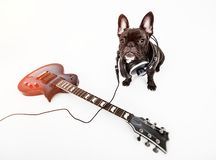 Menino que joga a guitarra, guitarrista da criança imagem de stock