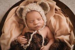Menino recém-nascido de sono Imagem de Stock Royalty Free
