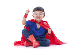 Menino a ser um super-herói Fotos de Stock Royalty Free