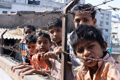 Meninos da precário-Índia Fotos de Stock