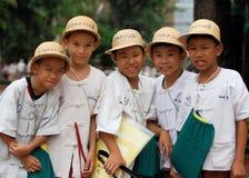 Meninos de escola tailandeses Fotos de Stock