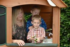 Meninos e baby-sitter do dia Fotografia de Stock Royalty Free