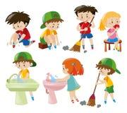 Meninos e meninas que fazem atividades diferentes Imagem de Stock Royalty Free