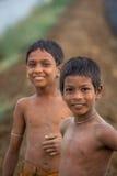 Meninos indianos novos no campo Foto de Stock Royalty Free