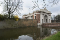 Meninpoort in Ypres, Ieper, België. royalty-vrije stock afbeelding