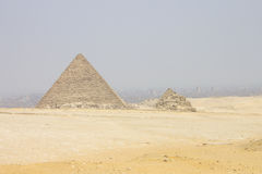 Menkaure金字塔和其代理 库存照片
