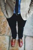Menn con gli shos rossi Fotografia Stock Libera da Diritti