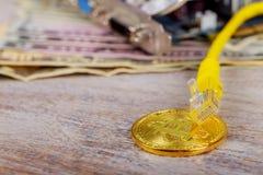 menniczy bitcoin dolarów graficznej karty interneta drut Zdjęcia Royalty Free