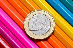 Menniczy euro zbliżenie na ołówkach Zdjęcia Stock