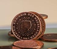 Menniczy warty dwa centu jest na monetach banka euro pięć ostrości sto pieniądze nutowa arkana Fotografia Royalty Free