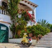 menocan sparkcykel för hus Arkivfoto