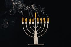 Menorah和蜡烛光明节的 免版税库存图片