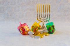 Menorah judío del vintage del tallit de la celebración de Jánuca del día de fiesta Foto de archivo libre de regalías