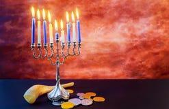 Menorah judío del vintage del tallit de la celebración de Jánuca del día de fiesta Imagenes de archivo