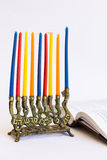 Menorah juif traditionnel avec des bougies Photo libre de droits