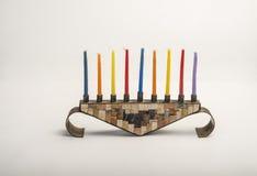 Menorah z płonącymi świeczkami dla Hanukkah Zdjęcia Stock