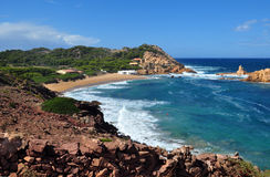 Menorca海岛海滩美丽的景色-惊人的旅行向巴利阿里群岛在西班牙 库存照片