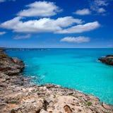 Menorca Platja ES Calo Blanc在巴利阿里群岛的Sant Lluis 免版税库存照片