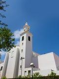 Menorca Sant Lluis biały śródziemnomorski kościół w Balearic zdjęcia stock