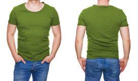 Mens in de lege voorzijde van de olijf groene die t-shirt en achtergedeelte op wit wordt geïsoleerd stock fotografie