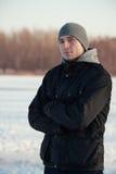 Mens in de winter Stock Afbeelding