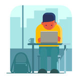 Mens die aan laptop in koffie werken Royalty-vrije Stock Foto's