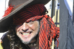 Mens die als piraat deelnemen royalty-vrije stock foto