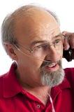 Mens die cannula voor Zuurstof draagt stock foto's